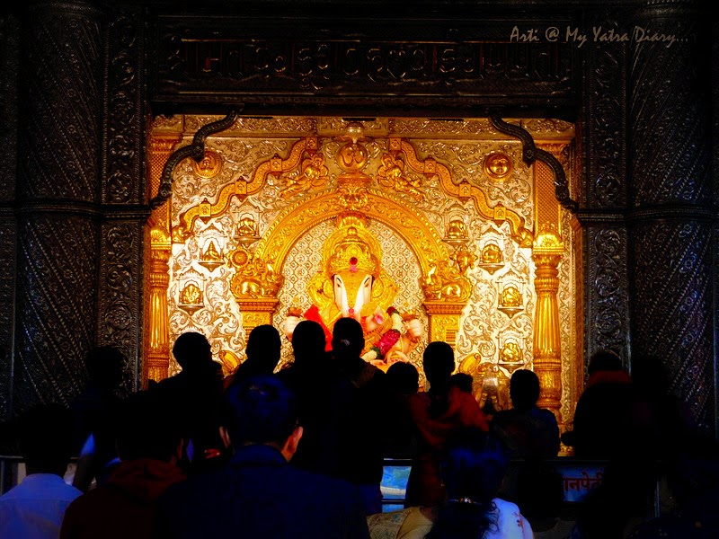 The striking radiance of Shreemant Dagduseth Halwai Ganpati, Pune - India