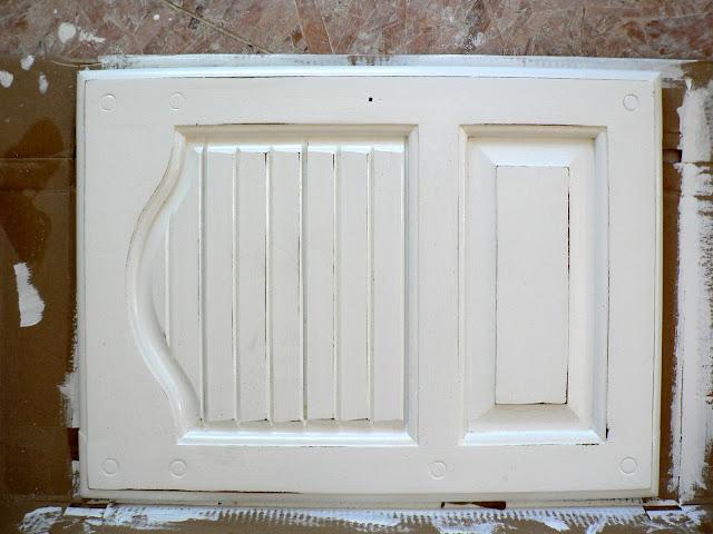 Paint Furniture - Light Distressing