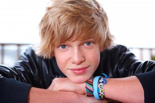selena gomez zack and cody. cody simpson hairstyles. pics