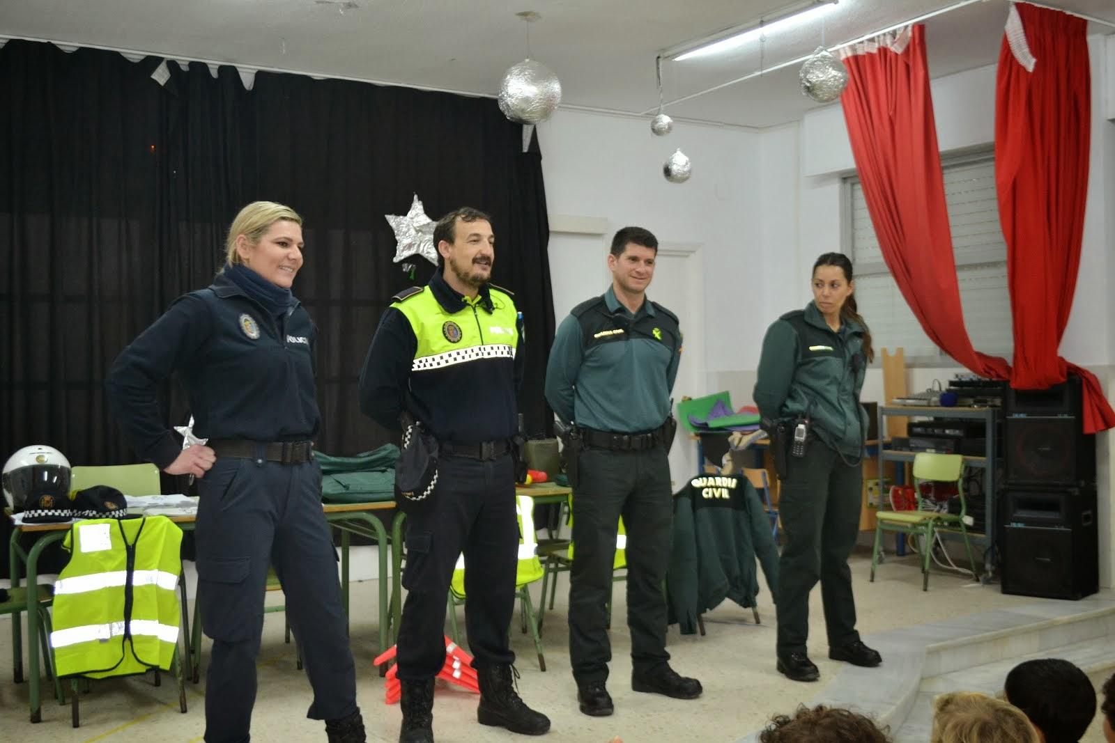DÍA 24 DE FEBRERO NOS VISITÓ LA GUARDIA CIVIL Y LA POLICÍA LOCAL