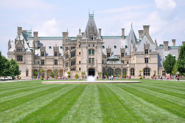 front of Biltmore House