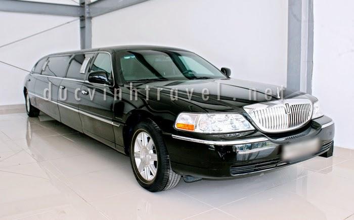 Cho thuê xe siêu VIP Lincoln Limosine màu đen 1