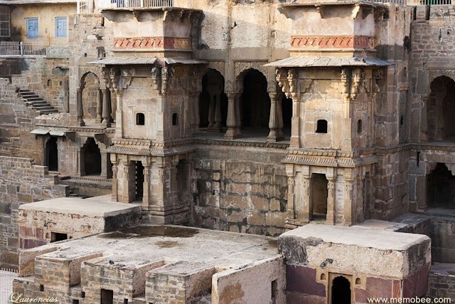 Sumur-Chand-Baori-Jaipur-India_3