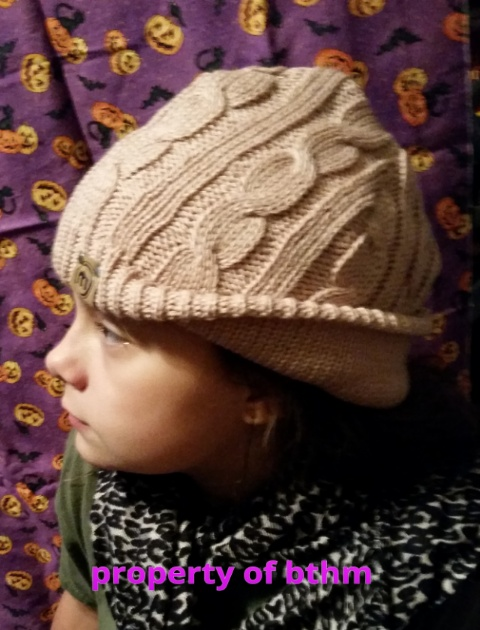 miss grace in mitscoots knit beanie 2