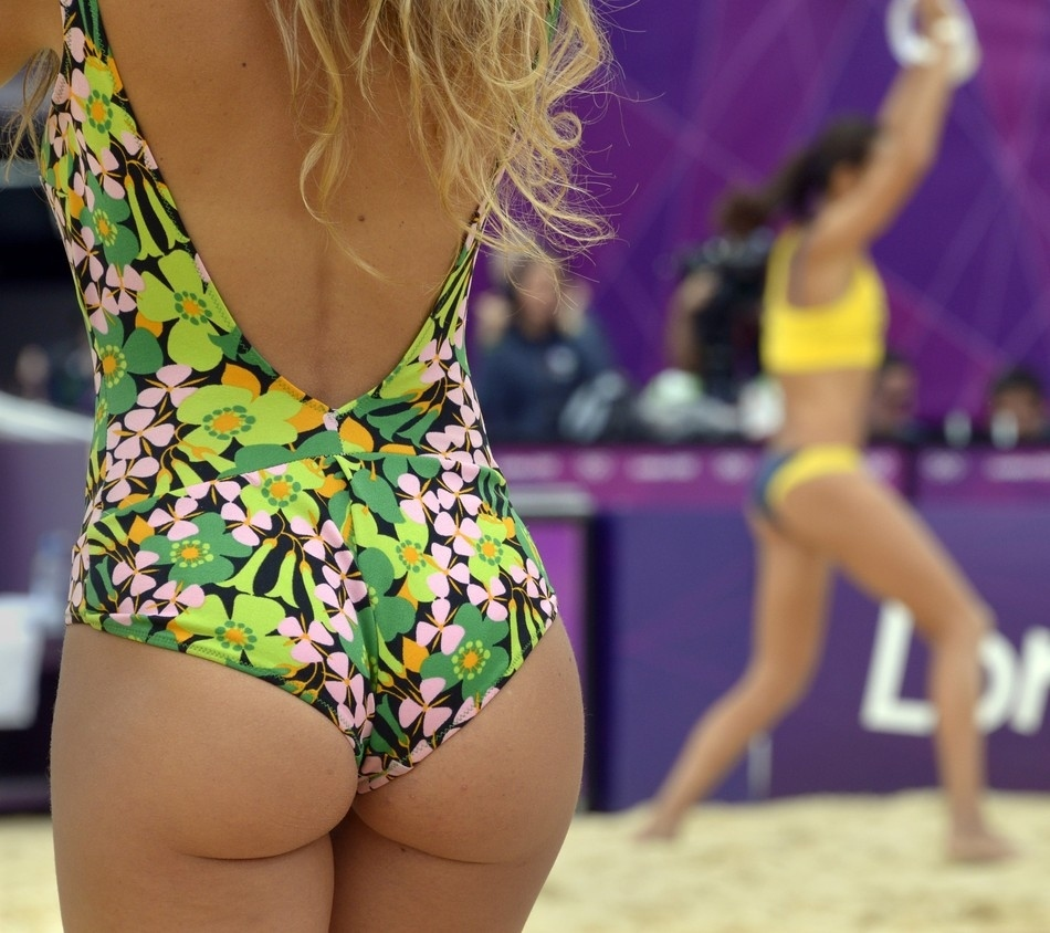 10 Photos Of Sexy Women At Olympic Beach Volleyball