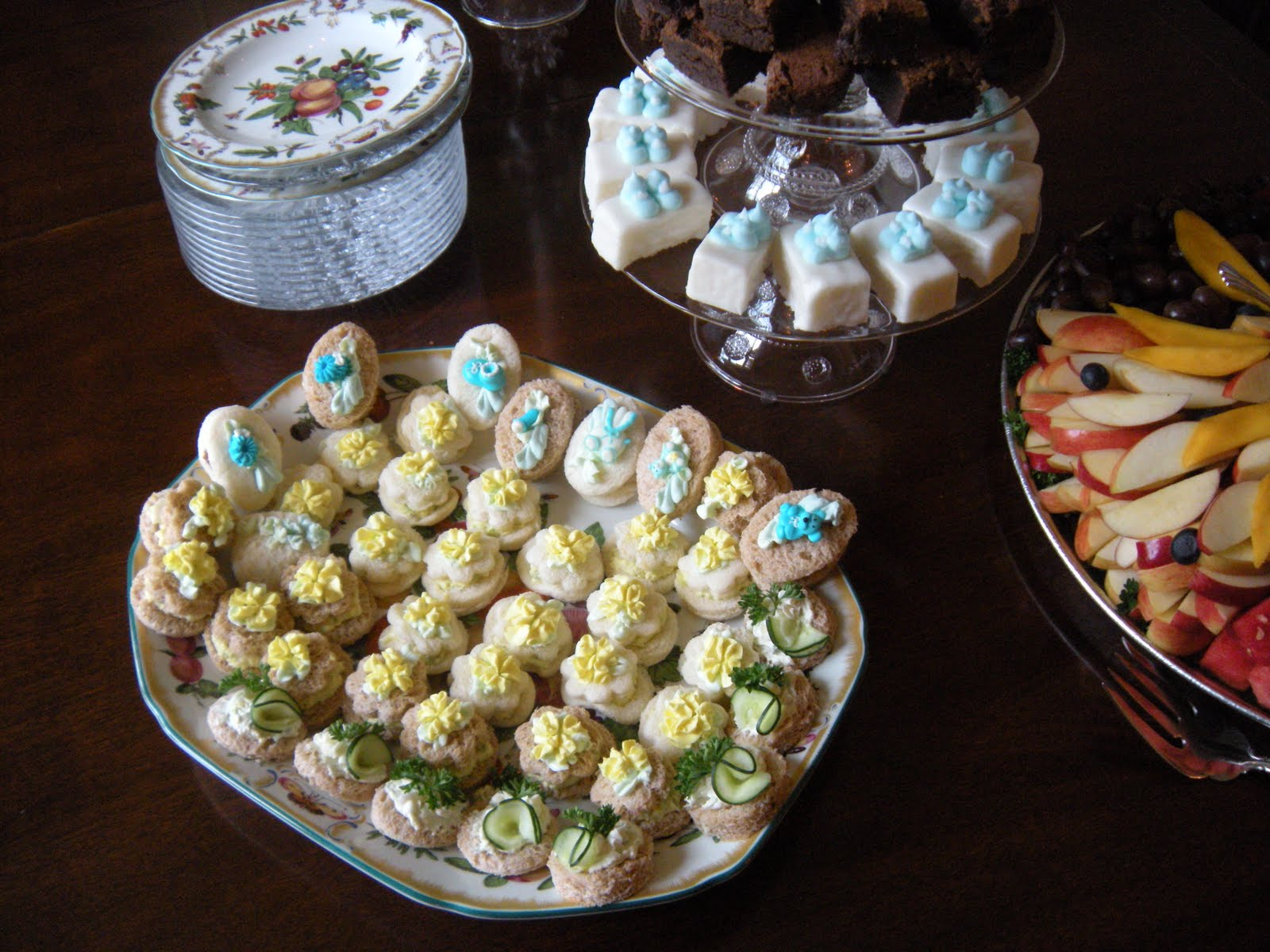 displaying 20 images for baby shower finger sandwiches