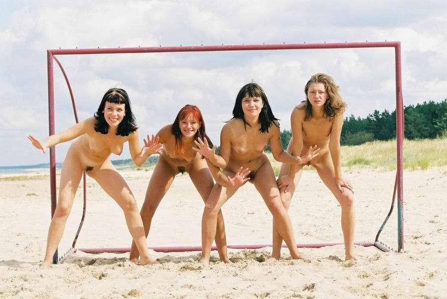 Nude Teen Girls Gruppenfotos