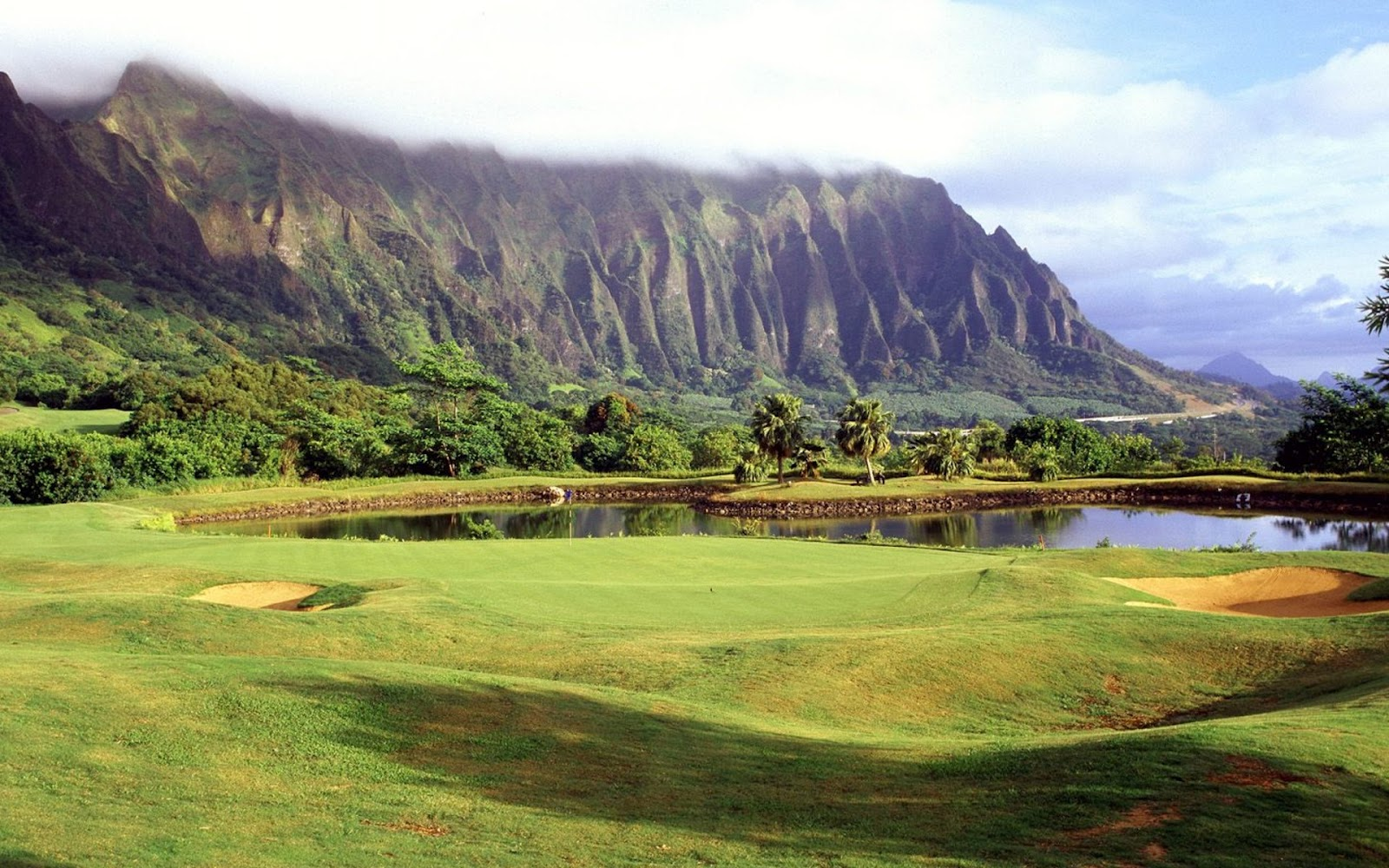 http://2.bp.blogspot.com/-joFA6dEKsyE/UCYubiTCH0I/AAAAAAAAMKU/nnjjnFGCBOg/s1600/golf-court.jpg