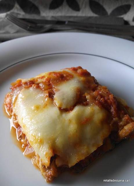 Carbassons a la parmesana (Zucchini alla parmigiana)