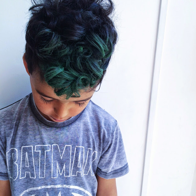 green hair chalk