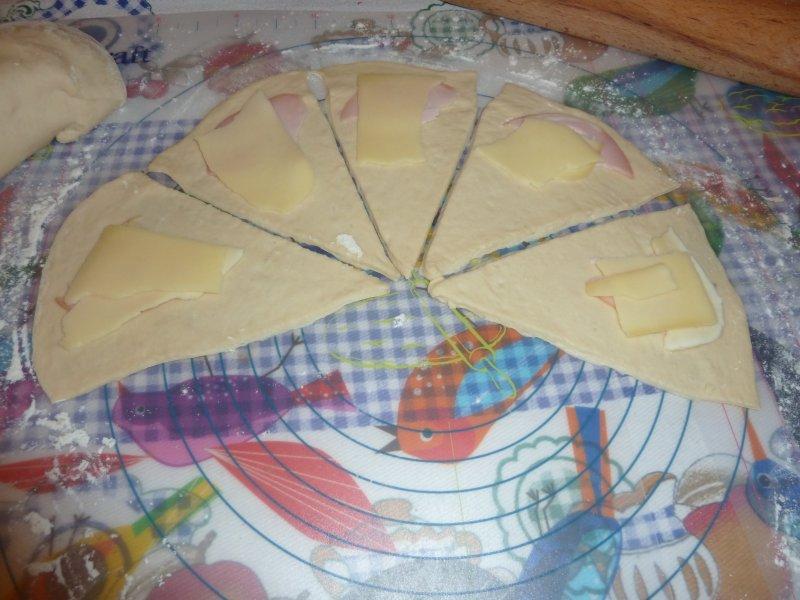 Enroladinhos de queijo e paio