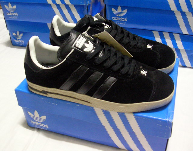 adidas gazelle x neighborhood
