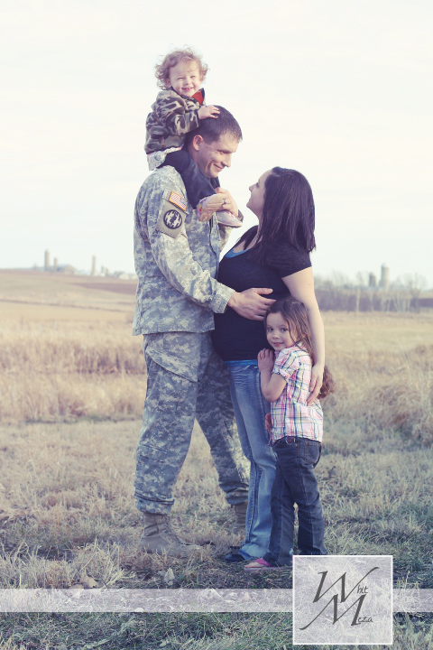 Black little button a military family photography session