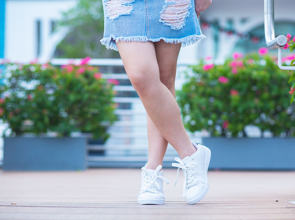 Crystal Phuong- Herworldplus Social Media Awards- Forever21 white sneakers