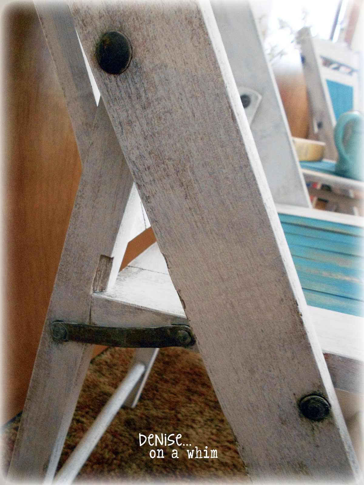 Vintage wooden folding chairs with nicely patinaed hardware via http://deniseonawhim.blogspot.com
