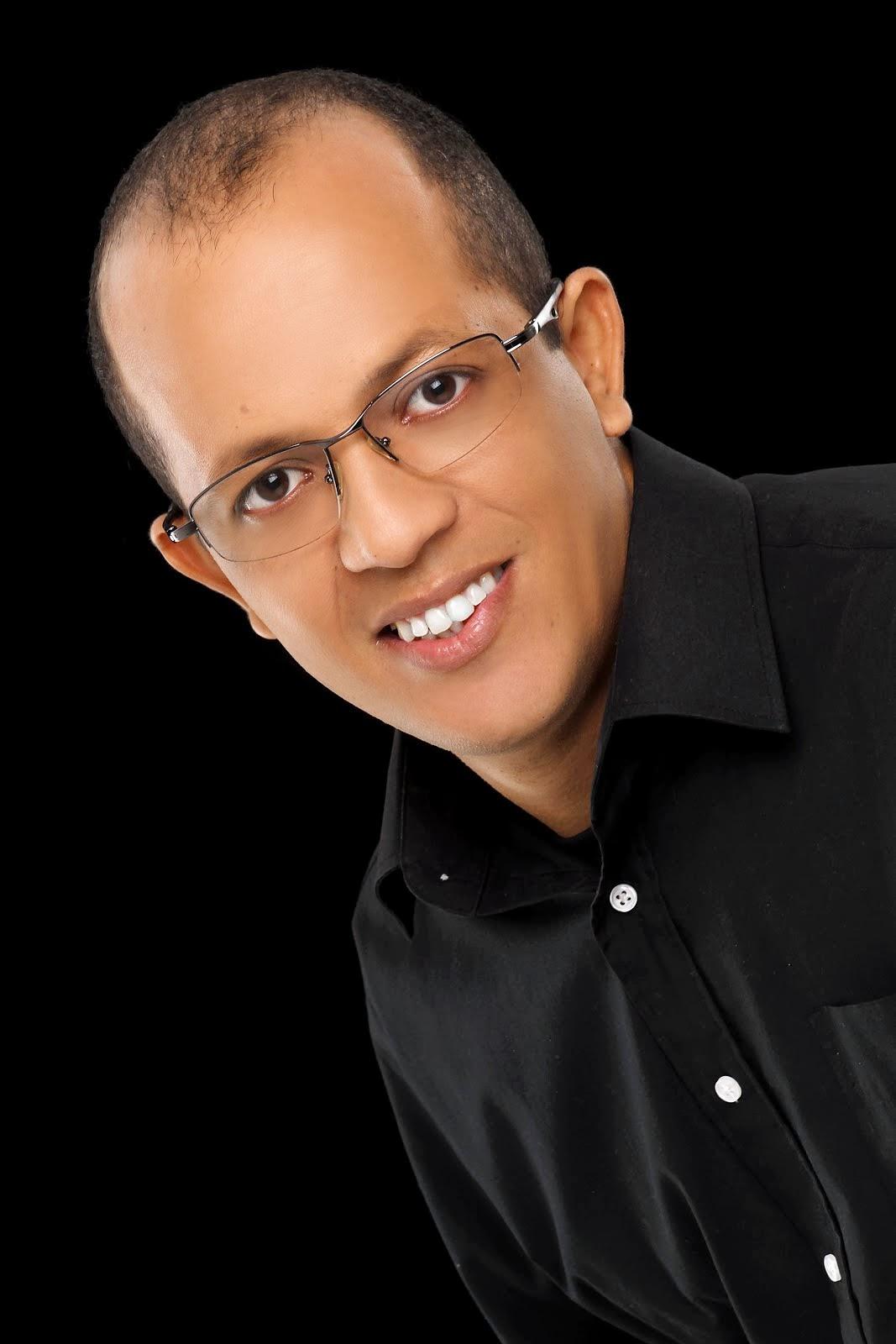 Pr. Fabiano Vieira