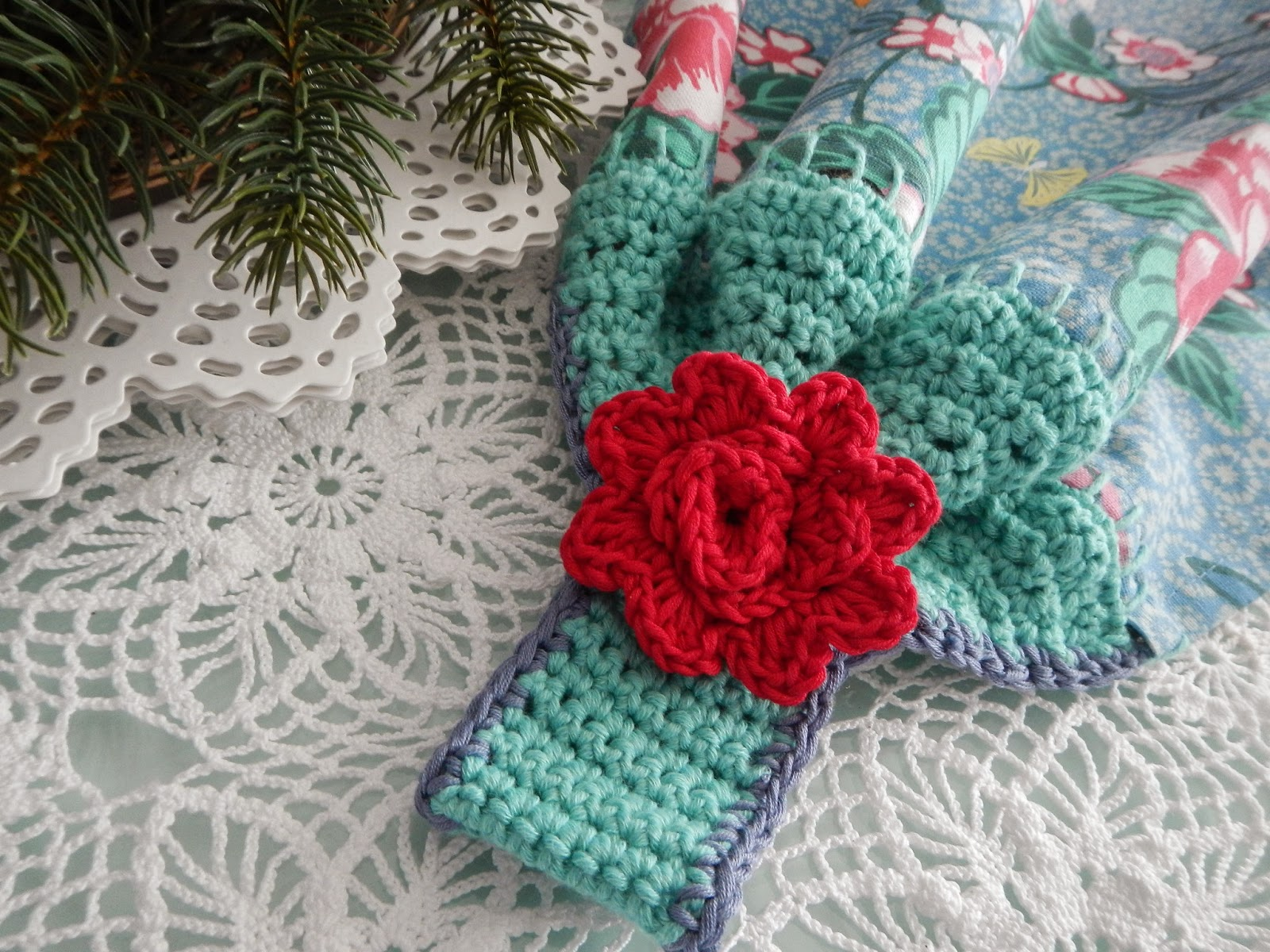 Apple Blossom Dreams: Towel Topper Pattern Published!