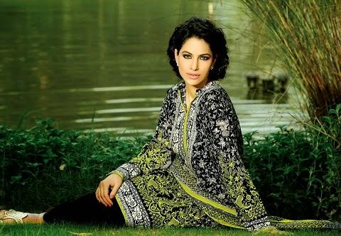 Khaadi-Cambric-dresses-1