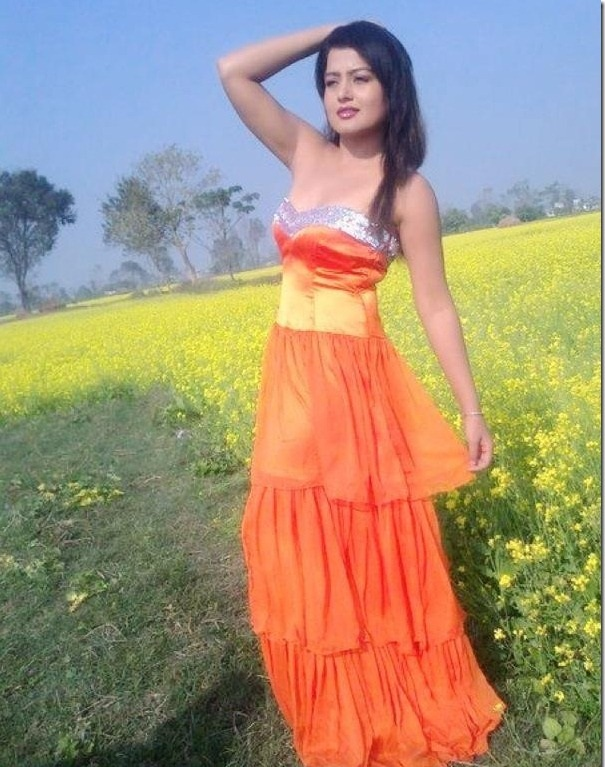 nepali actress rekha thapa is the top actress of nepali movie industry