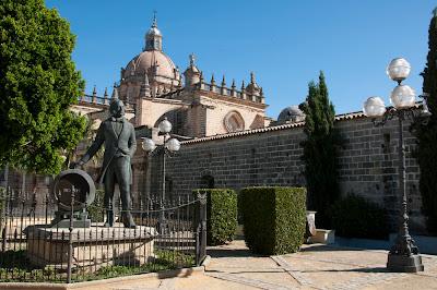 Monumento Tio Pepe. Jerez.
