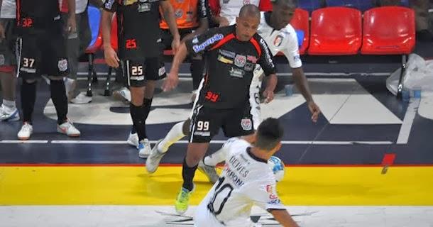 99f72eb2c5 A expectativa é de casa cheia e grande jogo no primeiro compromisso da  equipe de Guarapuava na temporada.