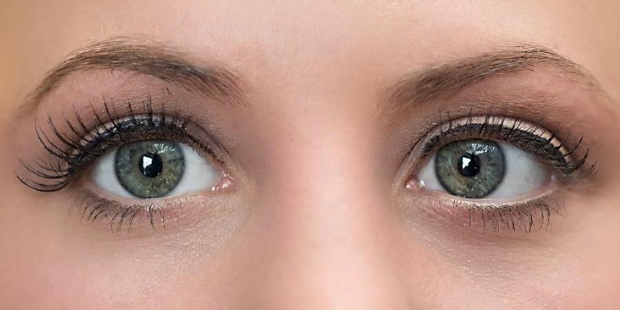 Makeup by Keri Ann _ Photography by Jason Snow _ Natural Matte Eyeshadow
