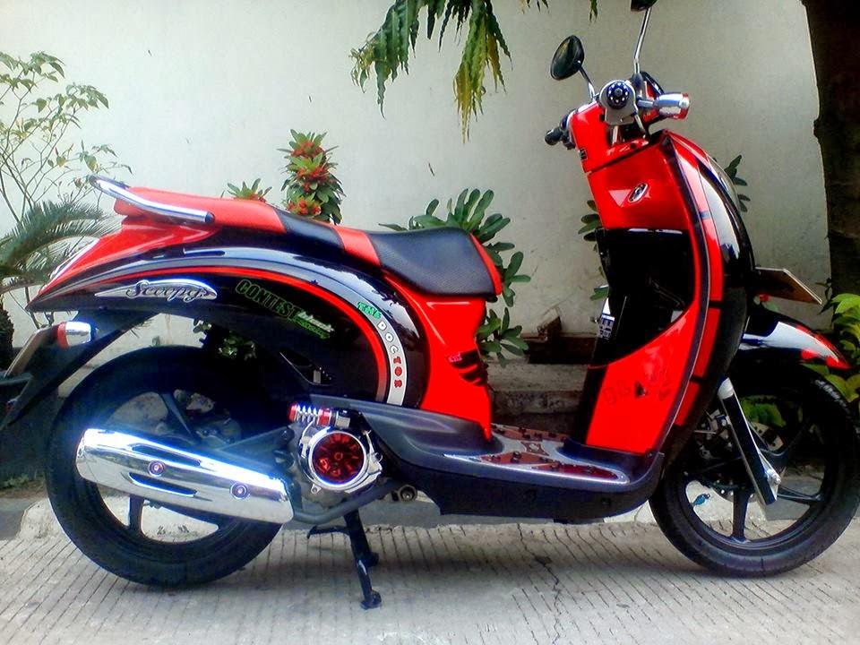 modifikasi motor honda scoopy warna merah hitam