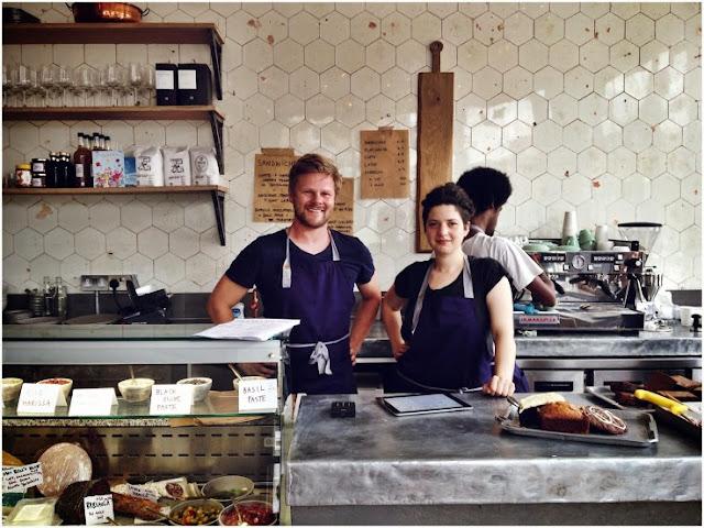 Islington and London Cafe, with Mat & Jess