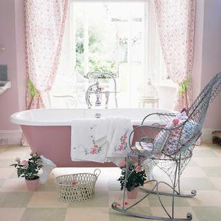 badrum, bathroom, jak urządzić, Pomysł na..., łazienka, retro, vintage, salle de bain, styl skandynawski, stara wanna, na ozdobnych nóżkach