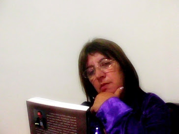 Escritora Helena de Paula