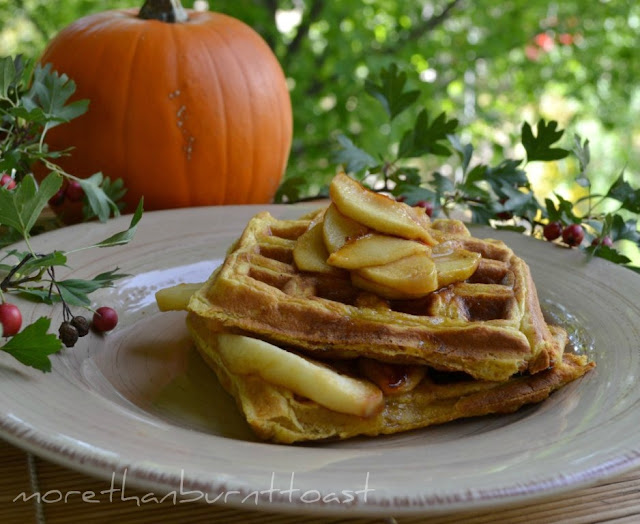 buttermilk pumpkin waffles with caramelized apples and maple syrup border=