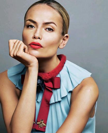 Natasha Poly S Moda Magazine October 2015 photos