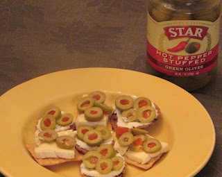 Cheese and Crackers with STAR® Hot Pepper Stuffed Green Olives