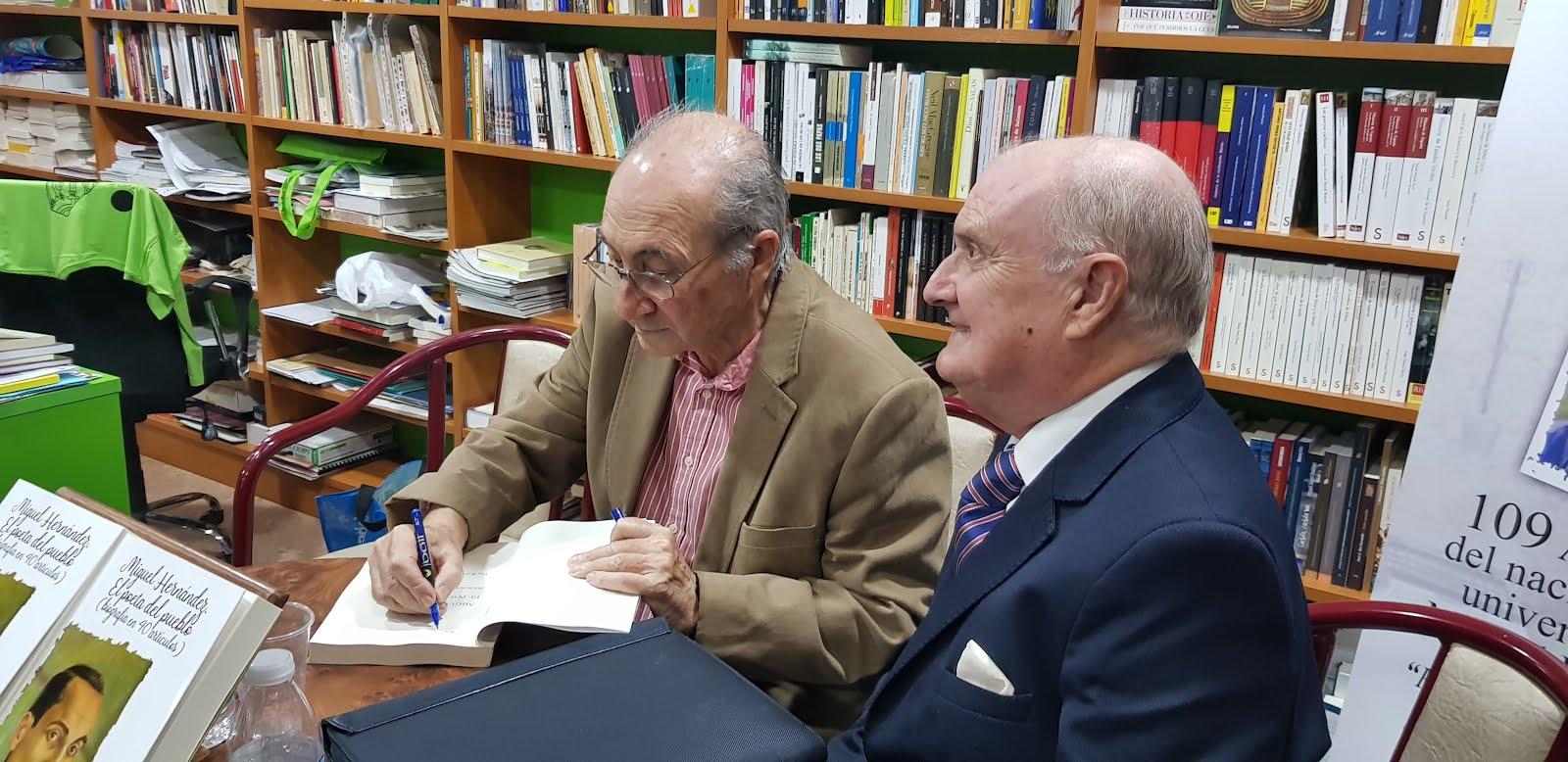 Firmado libros en Orihuela