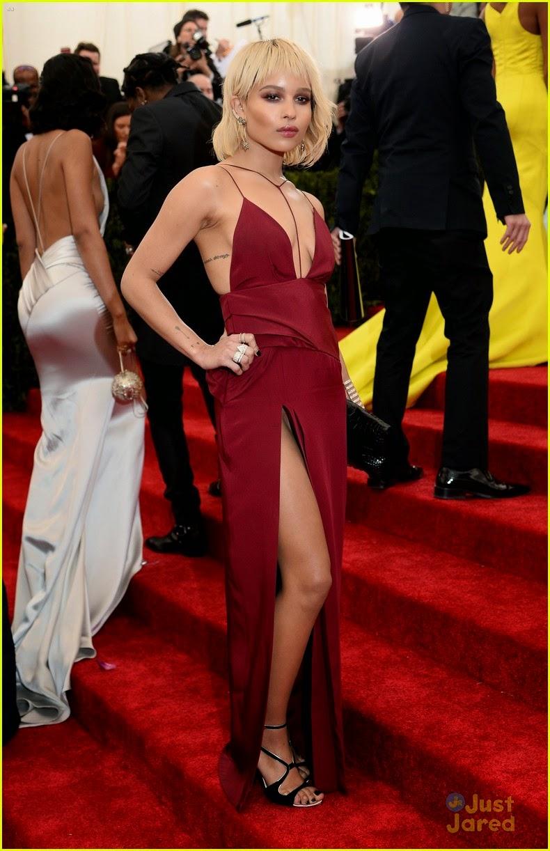 wardrobe malfunction, Zoe Kravitz, Zoe Kravitz 2014 Met Gala