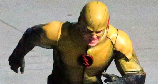 The Flash: Primeras imágenes del Profesor Zoom en todo su esplendor