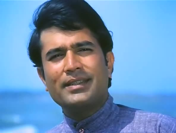 Screen Shot Of Hindi Movie Anand 1971 300MB Short Size Download And Watch Online Free at worldfree4u.com