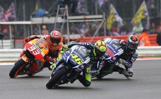 Finish Kelima di MotoGP Misano 2015, Rossi Mengaku Ingin Nangis