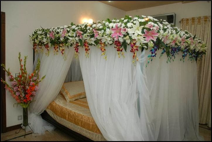 Theses Bridal Room Decoration Ideas in Pakistan is Very attractive and  popular Pakistani Fashion Indian Fashion International Fashion Gossips  . Pakistani Wedding Room Decoration. Home Design Ideas