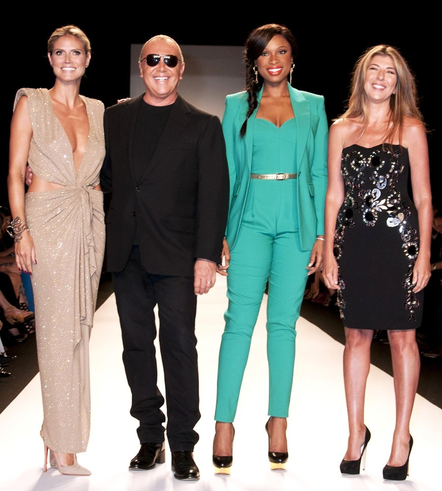 Project runway finale fashion show 35