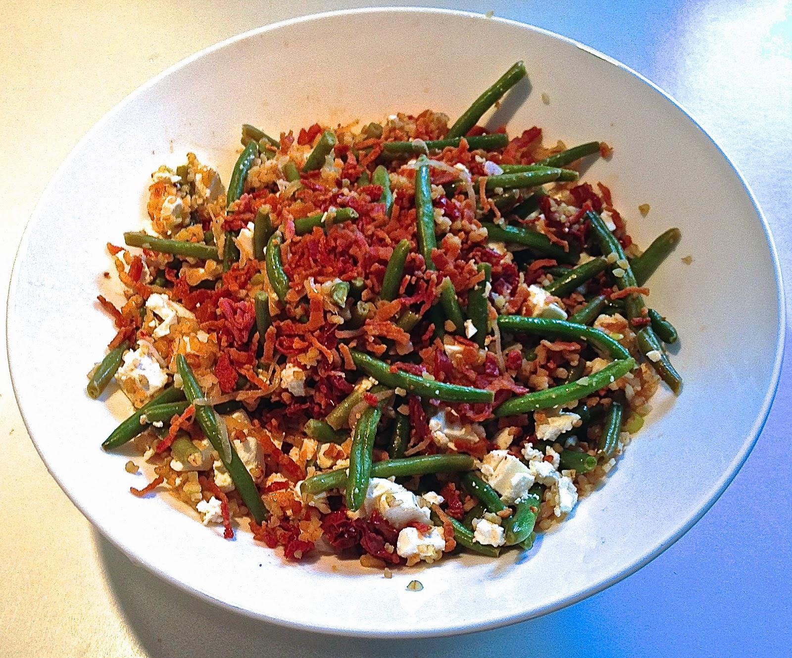 bulgursalat med soltørrede tomater