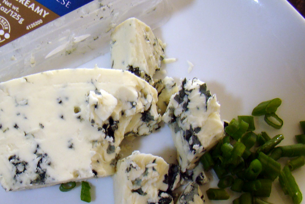 Blue Cheese and Chives for Compound Butter