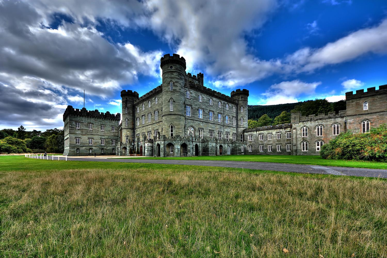 Castelli scozzesi tra brividi e favole castello di taymouth for Piani scozzesi della casa del castello dell altopiano