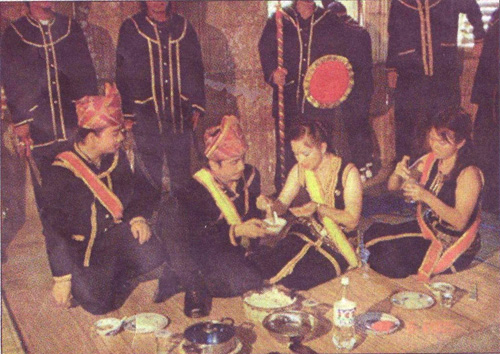 Pejuang Bangsa Segalanya Benar Sejarah Suku Kaum Kadazan Dusun Di Sabah