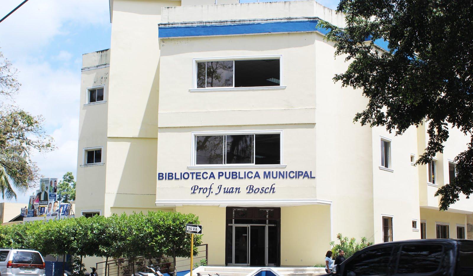 BIBLIOTECA MUNICIPAL DE BONAO