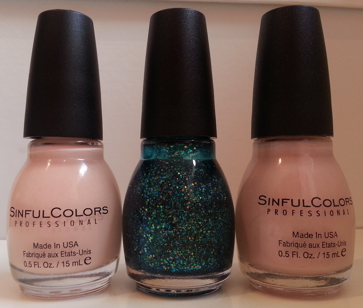 Pie\'s Eyes & Other Sparkly Stories...: Sinful Colors come to Boots UK!