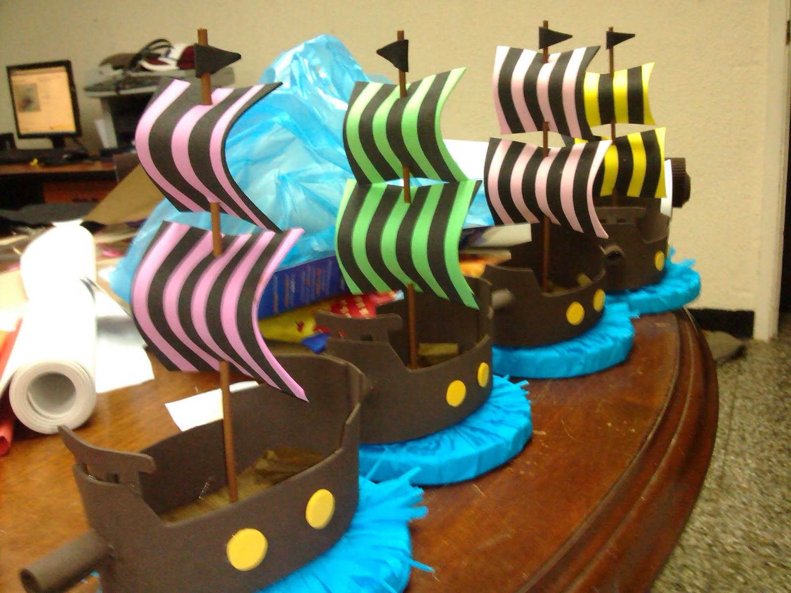ADas de foami: Barcos piratas - Fiesta pirata - Centro de mesa