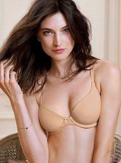 Jacquelyn Jablonski exposes sexy young body Victoria