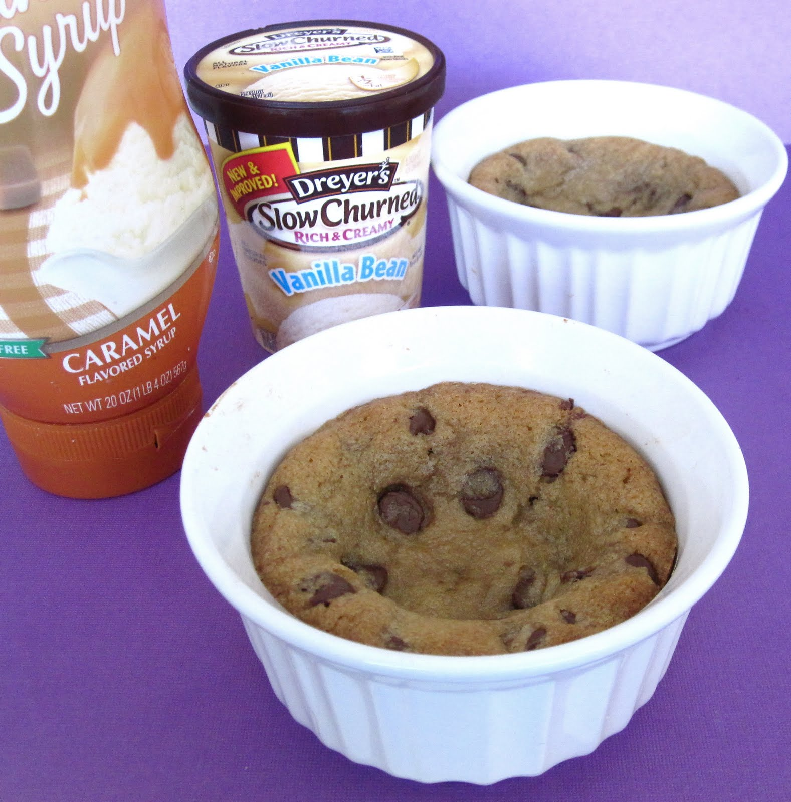 ... : Individual Chocolate Chip Cookie Sundaes For Two (Mini Pizookies