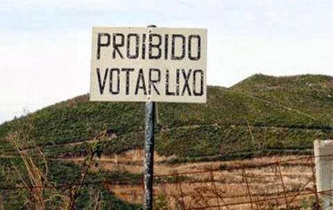 PROIBIDO VOTAR LIXO